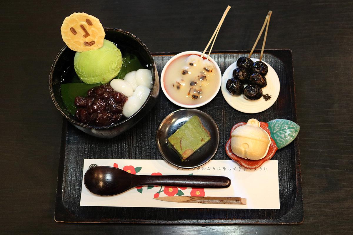 【祇園】鈴なりの小さなお団子と甘味が楽しめる!『炙り団子 十文堂(あぶりだんご じゅうもんどう)』