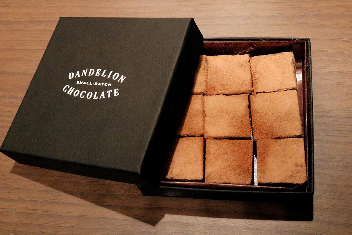 『阪急うめだ本店』限定『ダンデライオン・チョコレート』「生チョコレート」(9個入・1,728円)