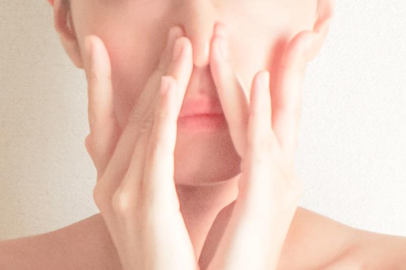 鼻のつまり毛穴を隠すメイク方法