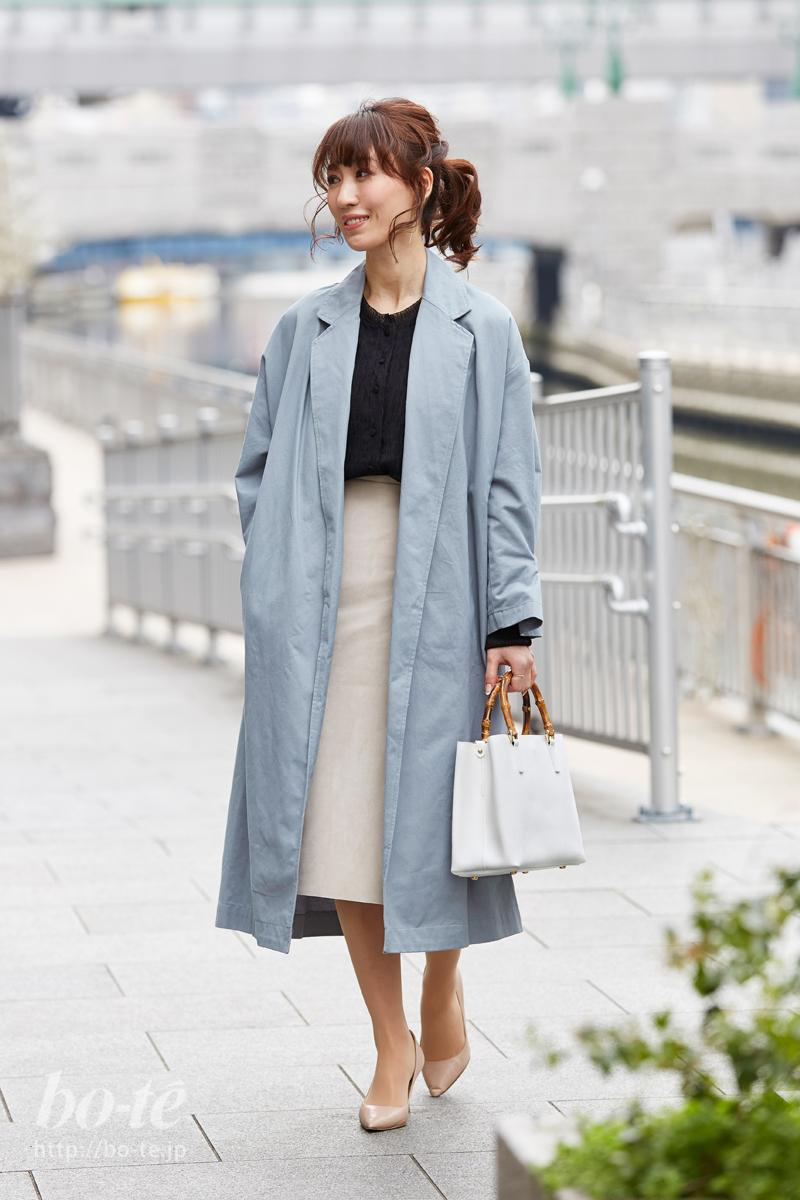 ゆるりとこなれ美人。チェスターコートをタイトスカートでまとめる