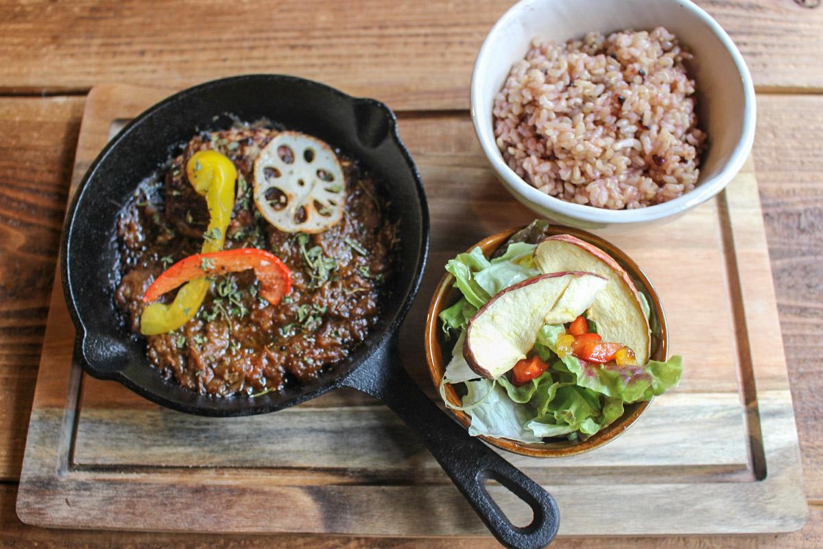 【南田辺】インドを旅した店長さんが作るスパイス料理を『HOKUToo』で味わおう♪