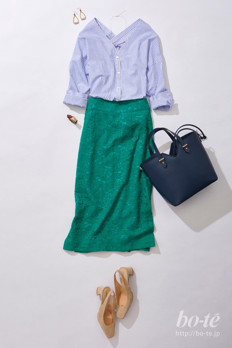 グリーンのカラースカートコーデ