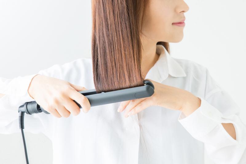 髪をまとめるスタイリング方法