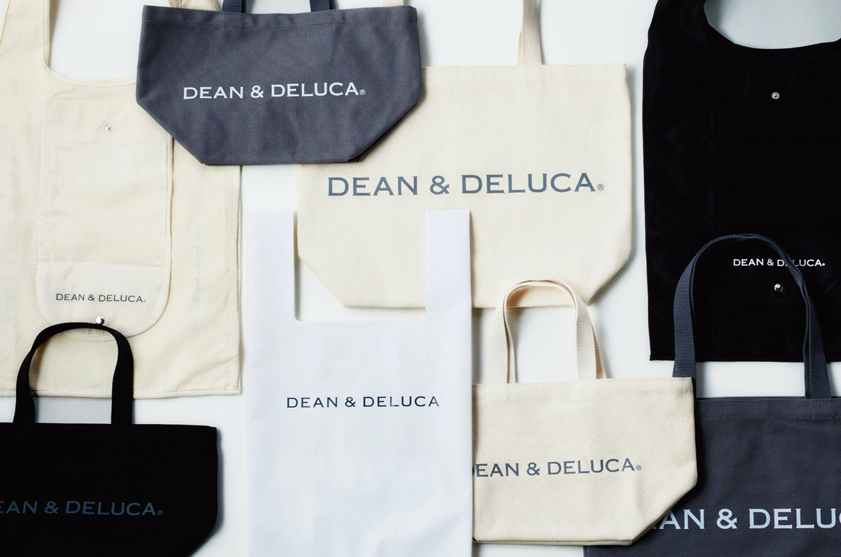 『DEAN & DELUCA(ディーン&デルーカ)』で、暮らしに馴染むマイバッグ探し