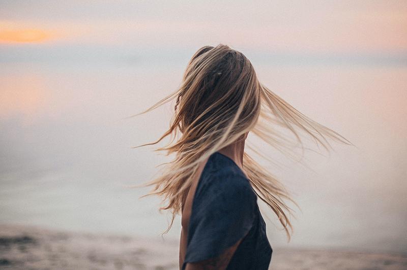 髪の毛のニオイ
