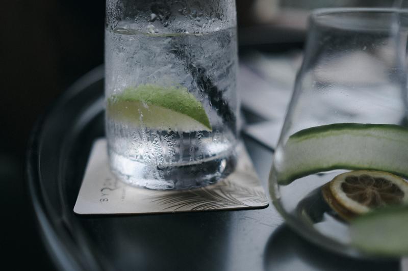 飲みかけで席を立つと危険性大!飲み会に誘われたら気をつけたいこと5選