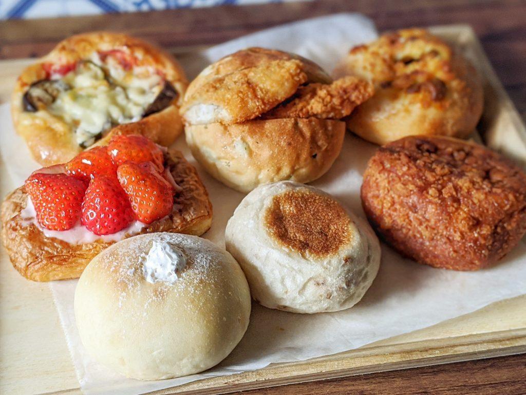 菓子パンお惣菜パンなど