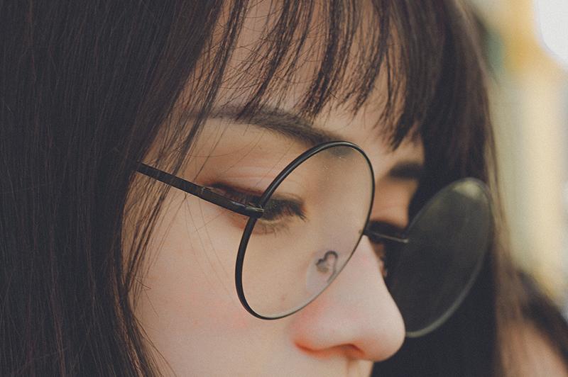 メガネに似合うメイク方法をマスターして自分をもっと好きになろう!