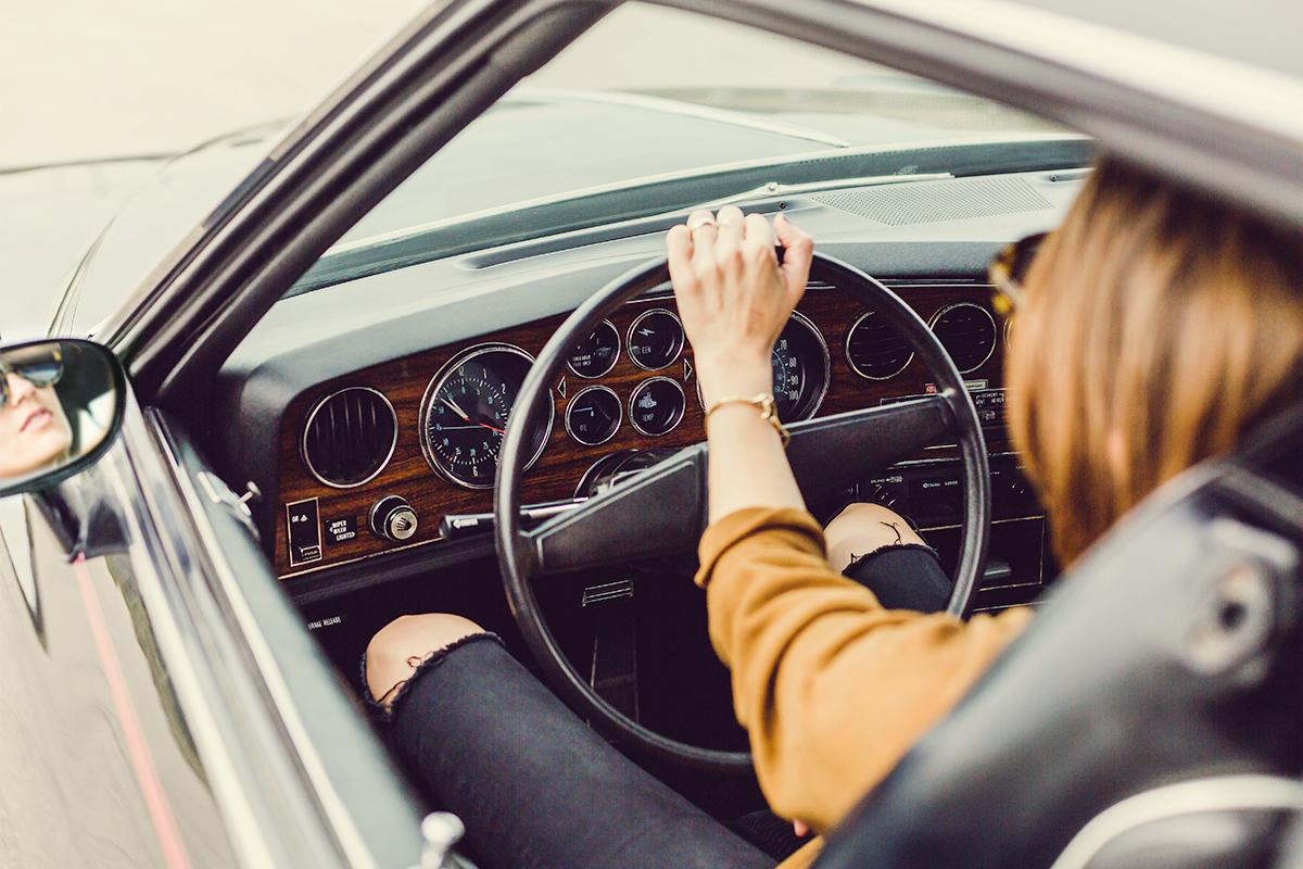 あおり運転対策!運転中に心がけたいこと&あおられない工夫5選