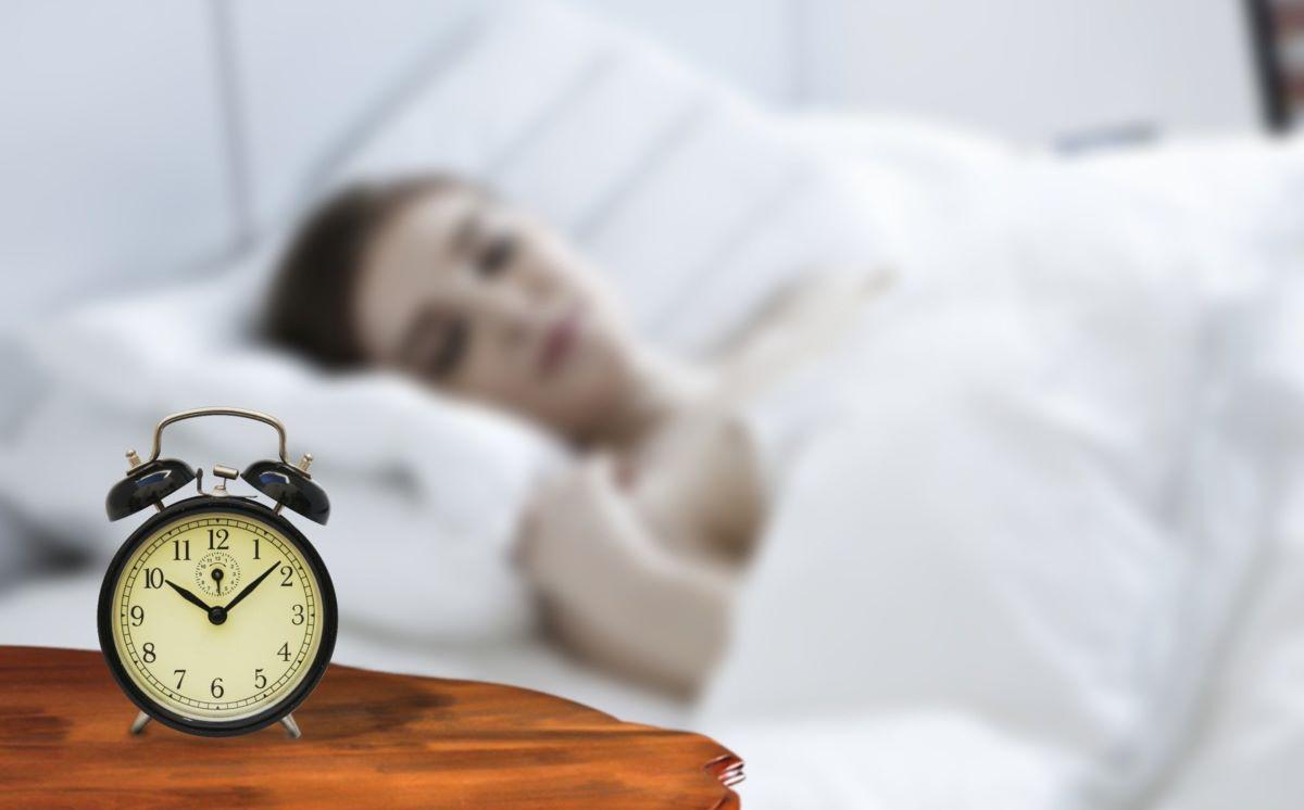 寝苦しい夜もぐっすり!?翌朝気持ちよく目覚めるための寝る前の過ごし方とアイデア4つ