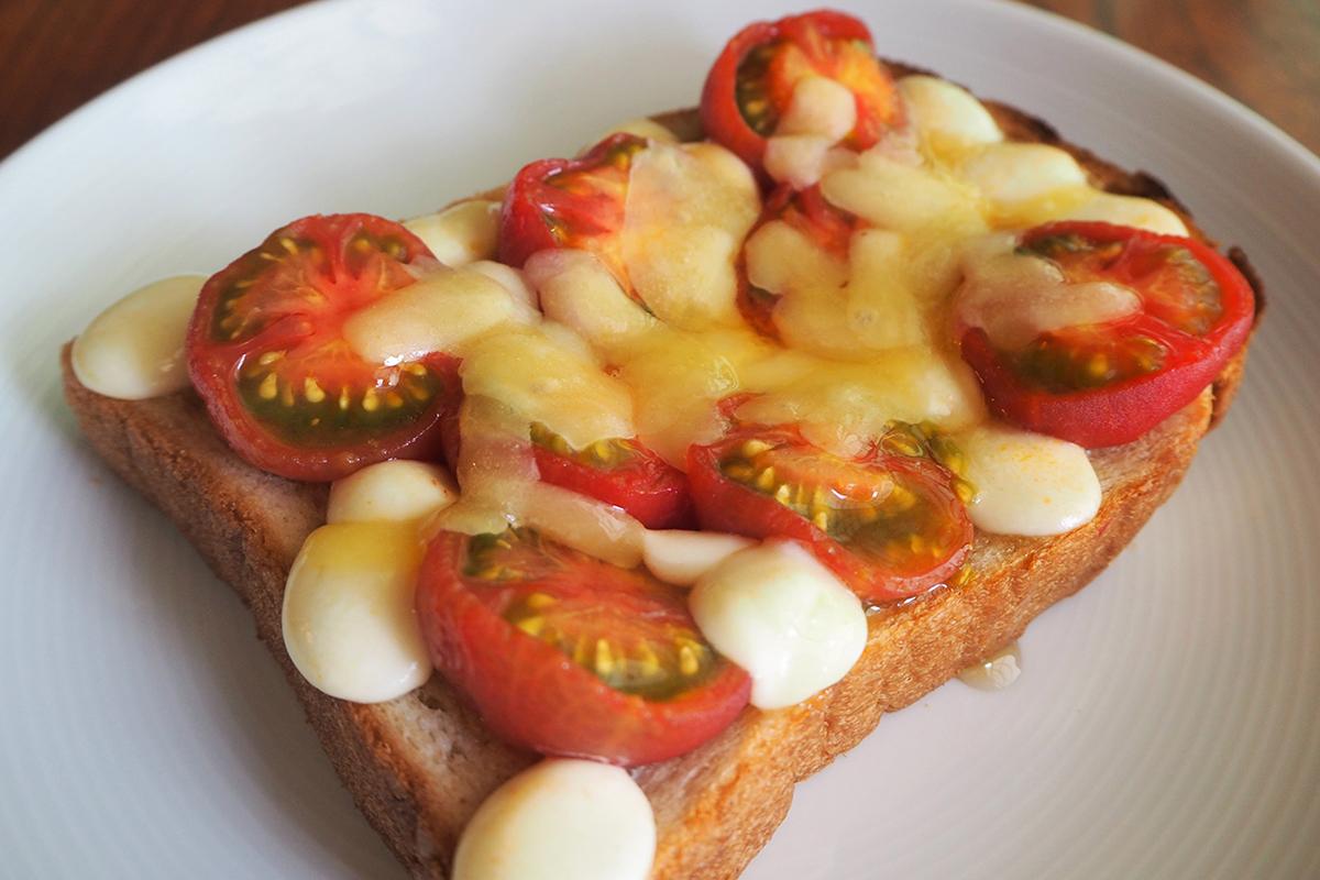 ハニートマト×チーズトースト