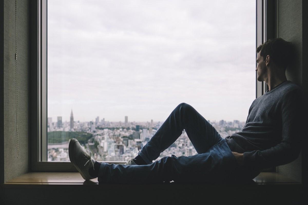【彼氏の本音5つ】遠距離恋愛中の男性心理と浮気させない方法