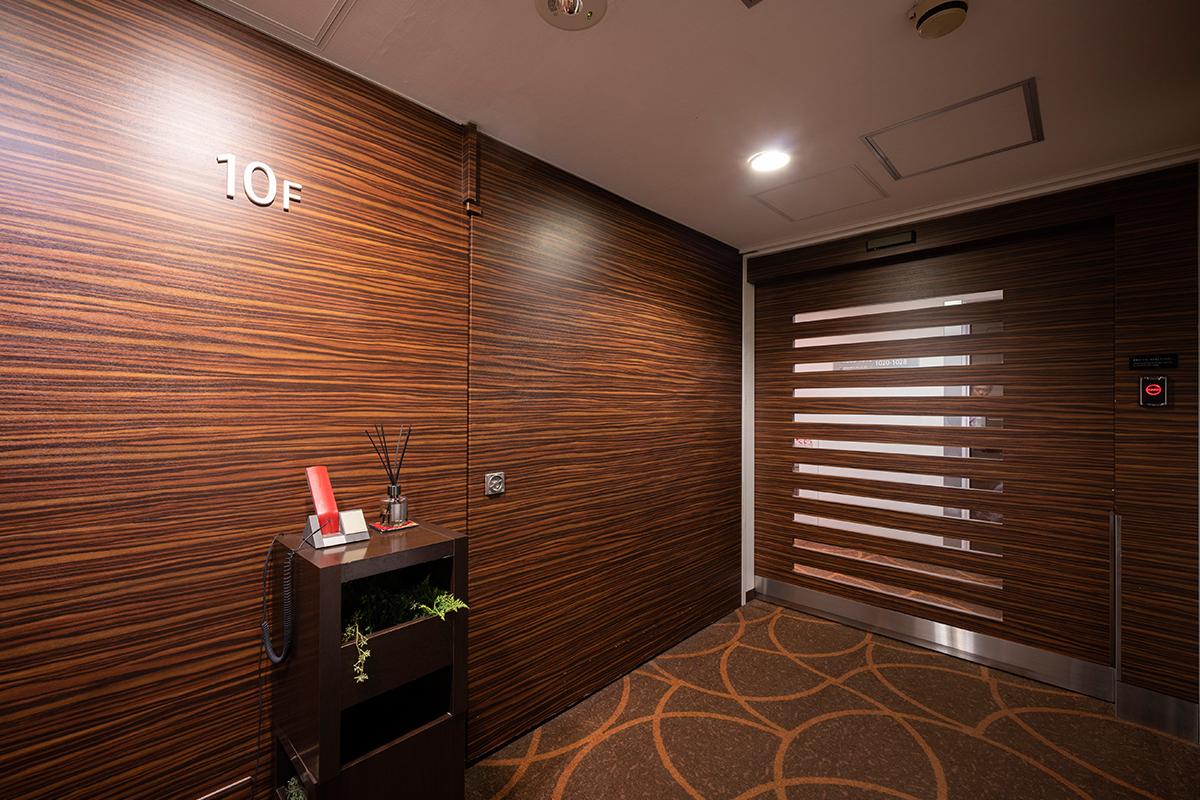 ホテルビナリオ梅田_エレベーターホール