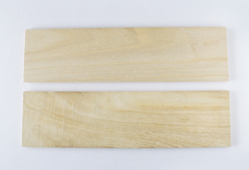 セリアの木板
