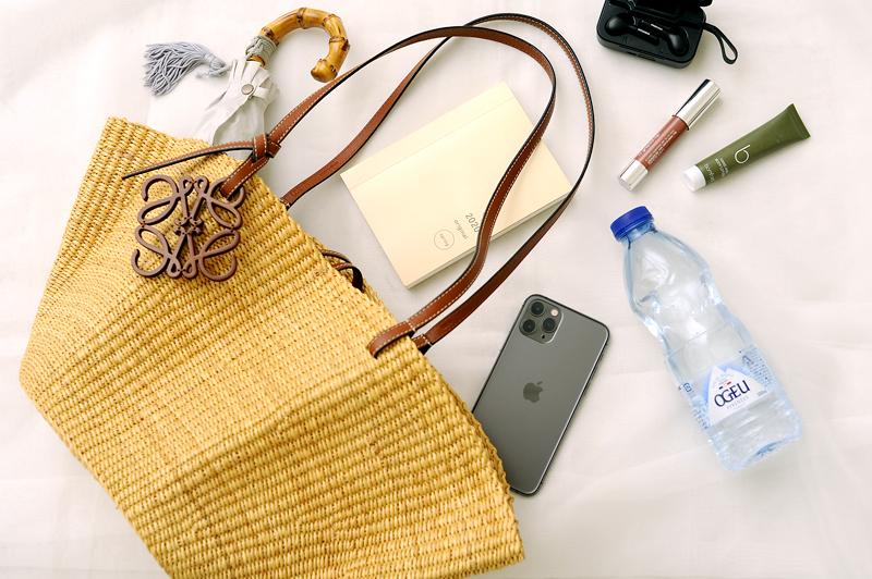 《かごバッグ》夏の通勤服に取り入れやすいかごバッグとコーデ9選