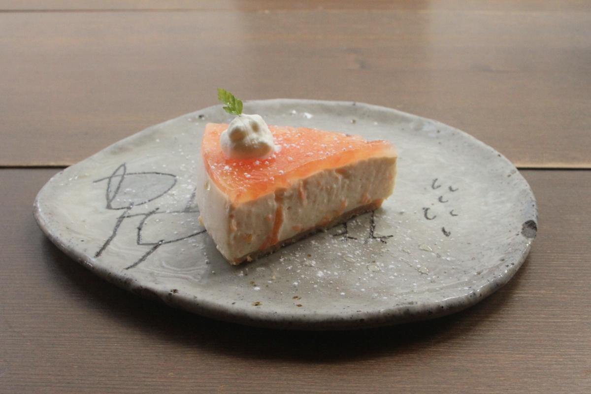 カフェケシパールトマトチーズケーキ写真