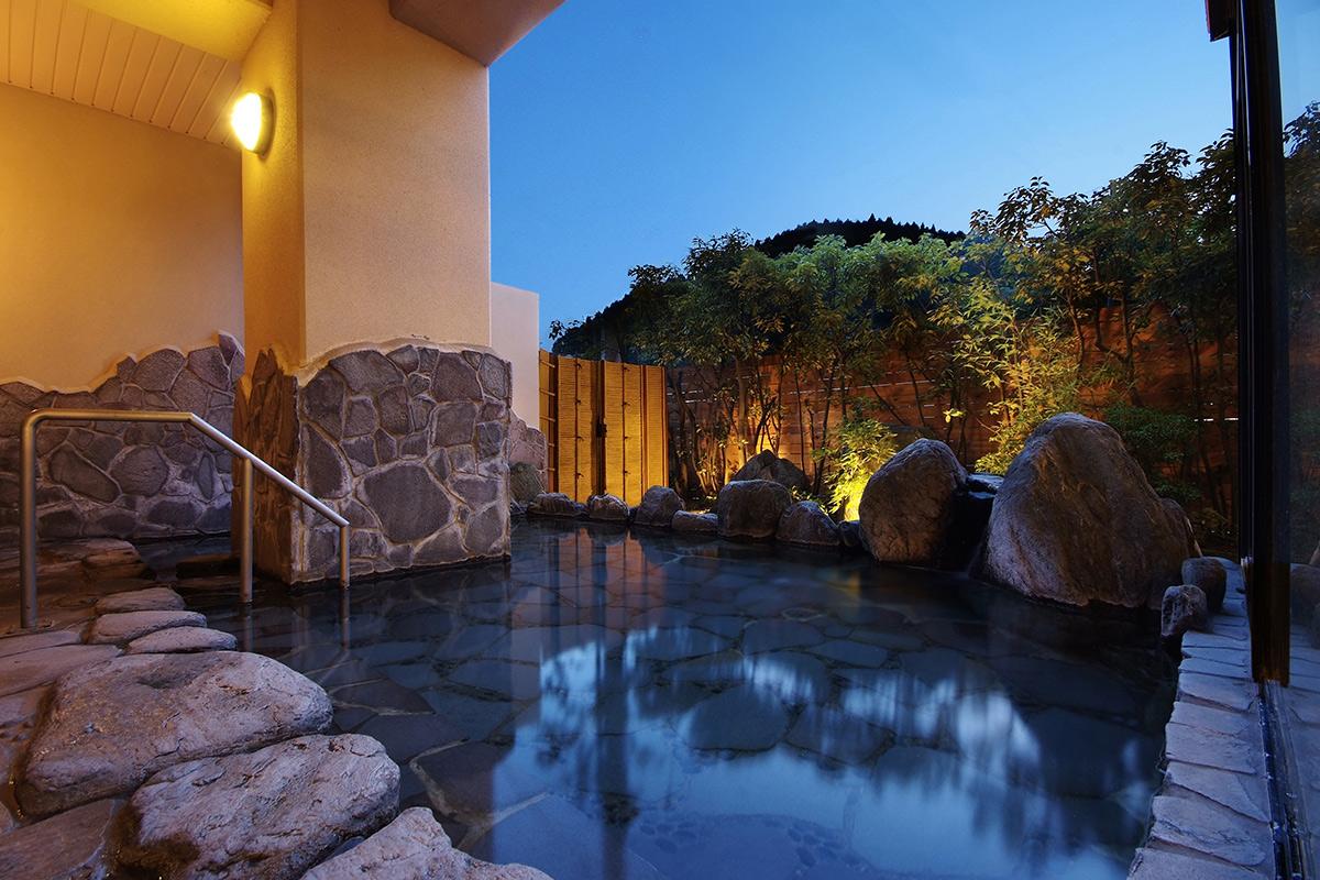 かわの湯の露天風呂