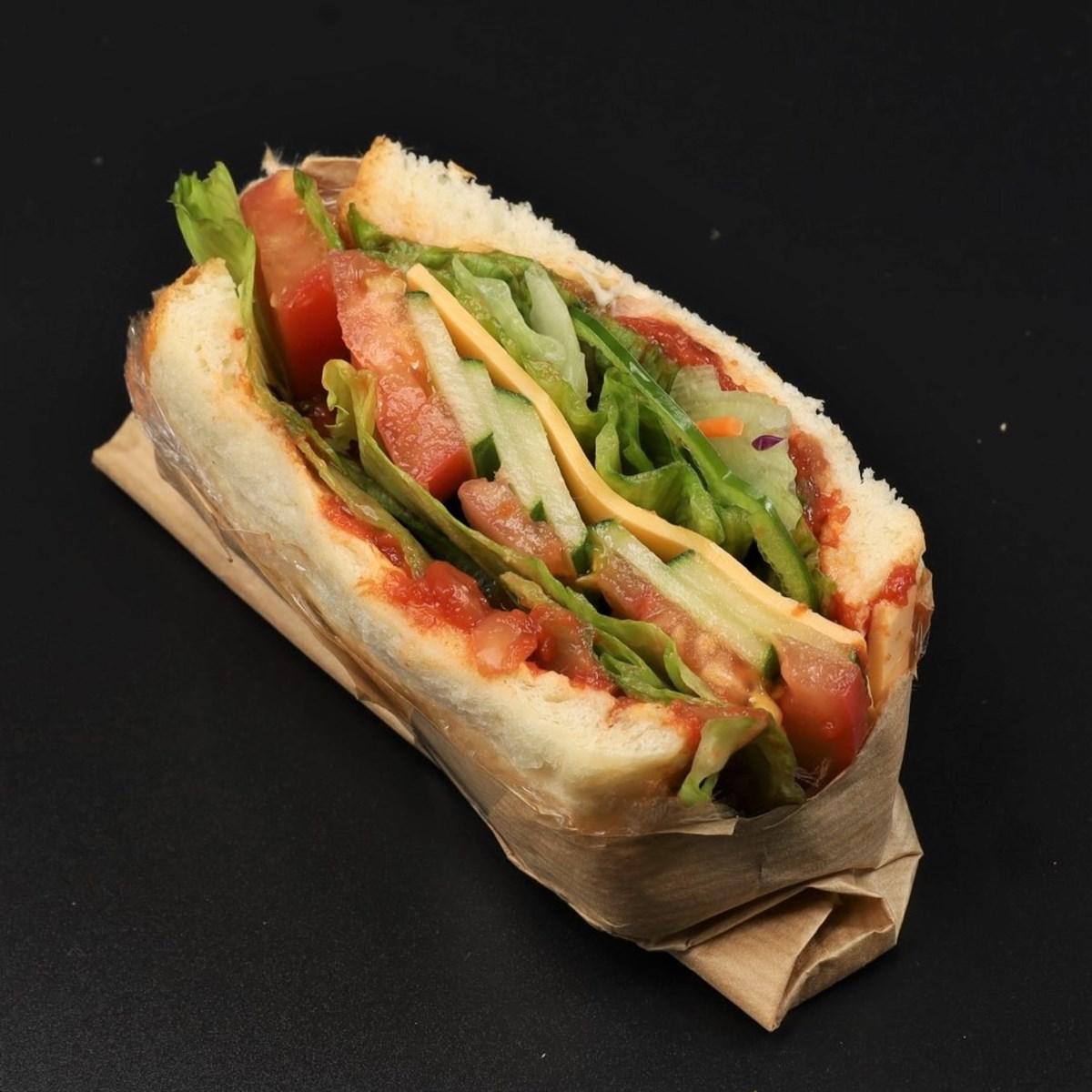CRAMS BANANA×SHITTORI野菜サンド