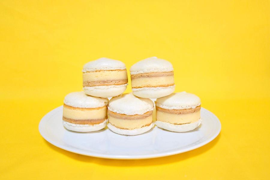 【梅田】『ウメダチーズラボ』の新スイーツ!チーズケーキをマカロンでサンド