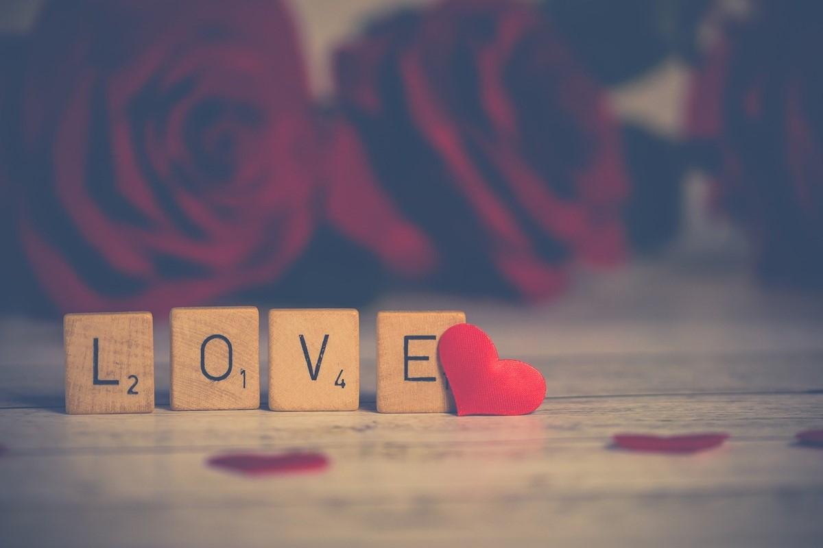 LOVEと書かれたブロック