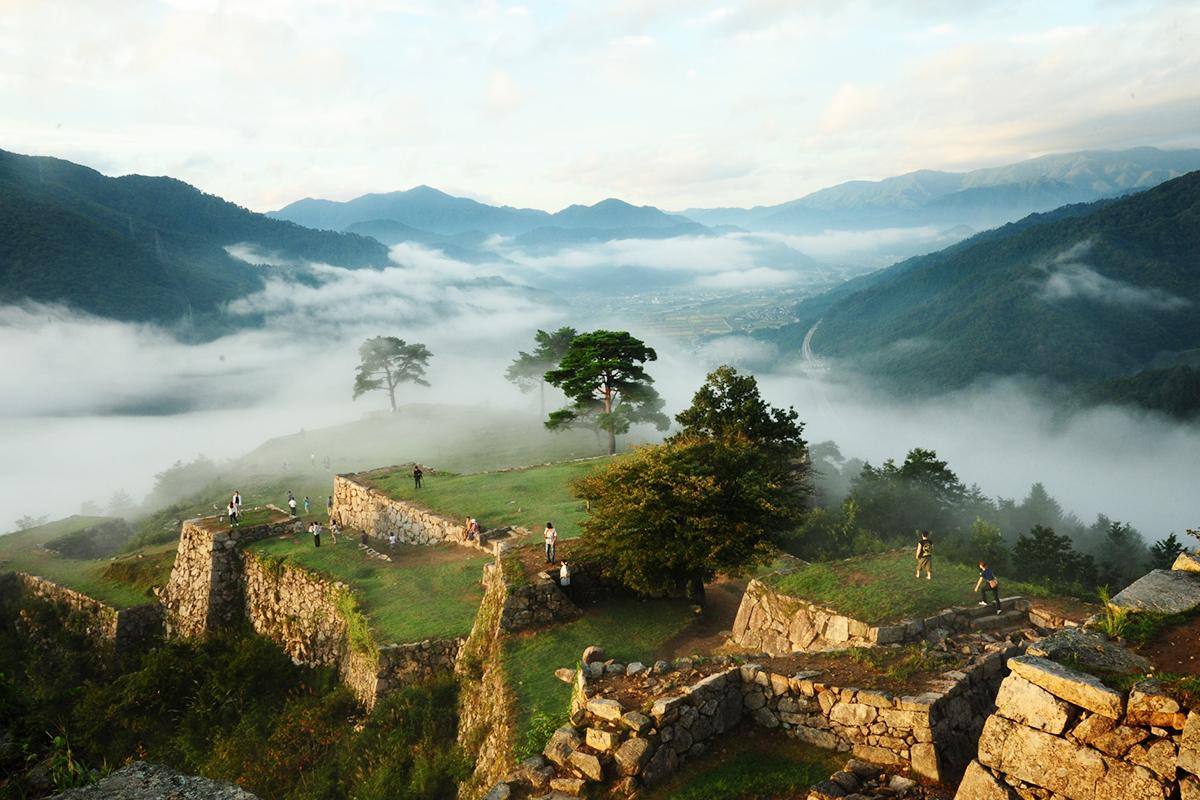 【特集】竹田城跡やシワガラの滝など温泉宿『ゆあむ』周辺の観光スポット8選
