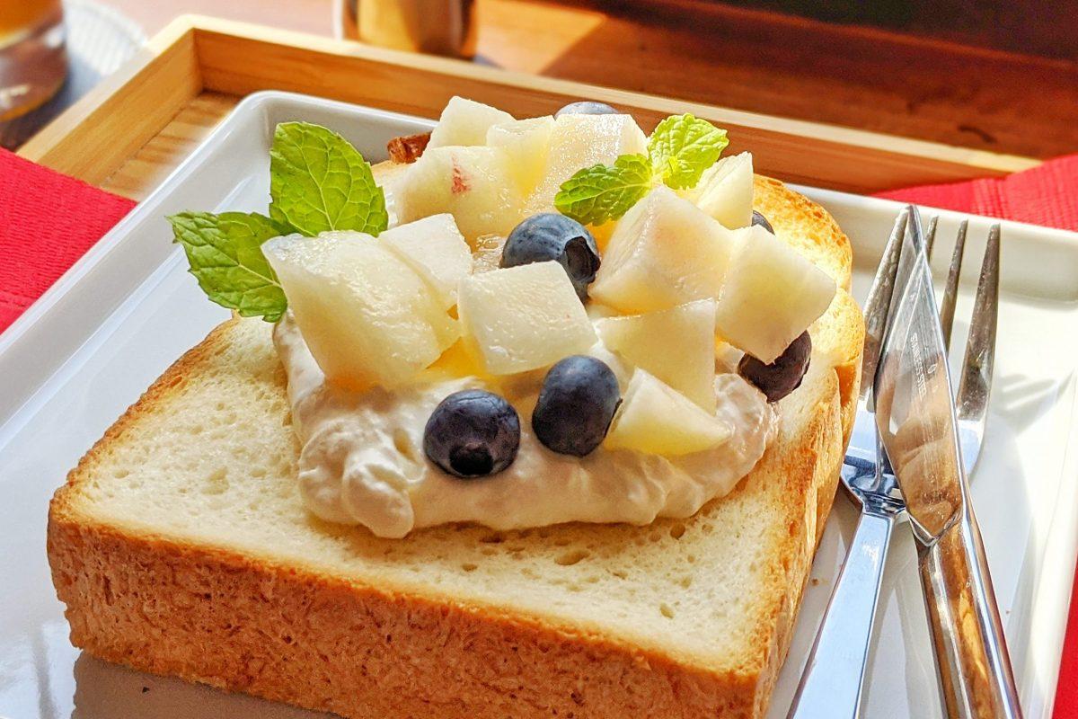 フロウリッシュ桃トースト