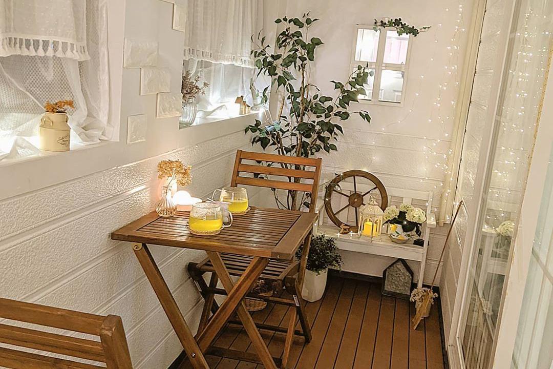 《ベランダガーデニング》で小さなお庭造り。初心者でも楽しめるポイントと実例を紹介