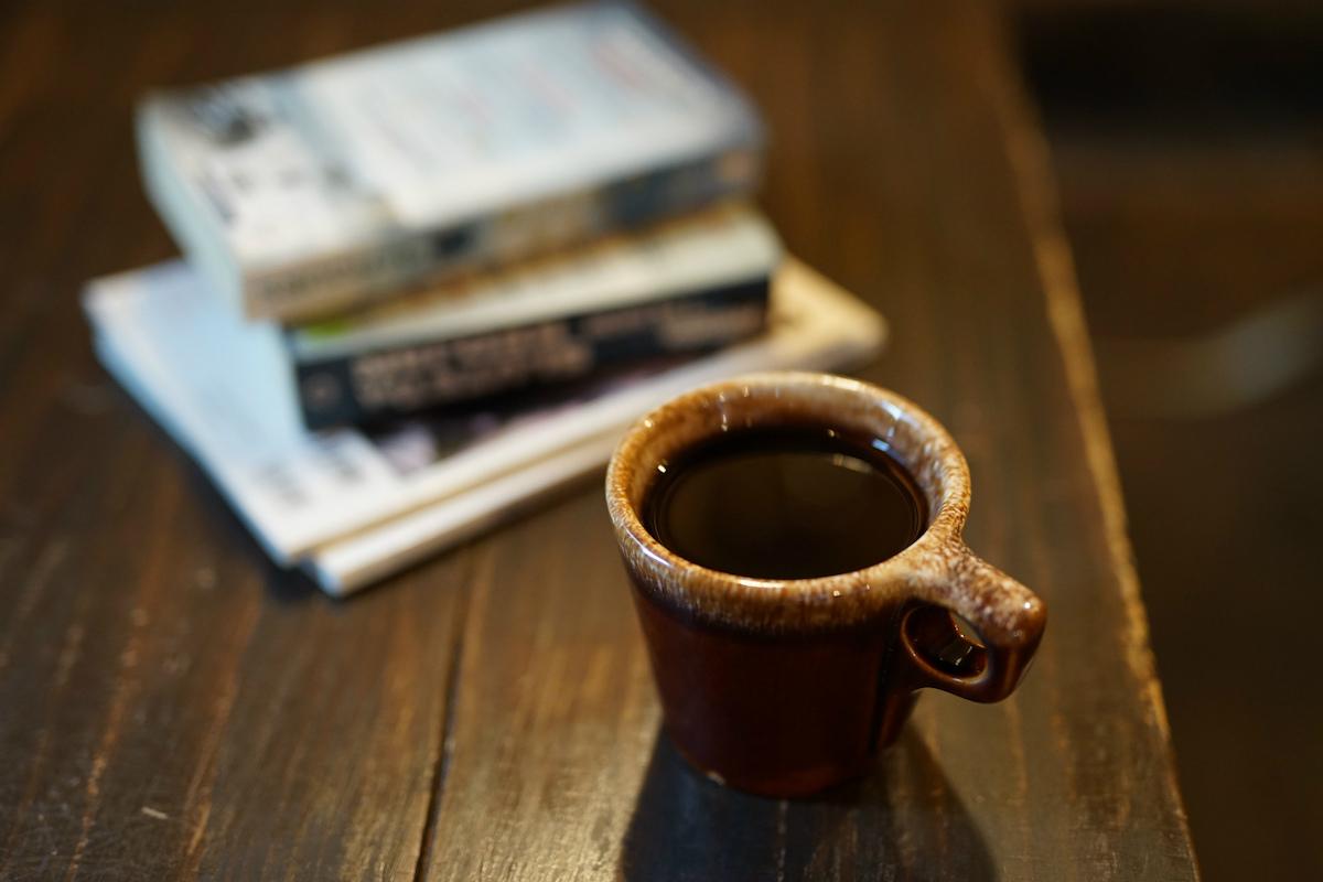 ドリップコーヒーと本