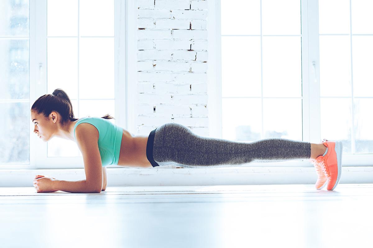《運動初心者向け》1日20秒から始めるプランクチャレンジで腹筋を鍛えよう