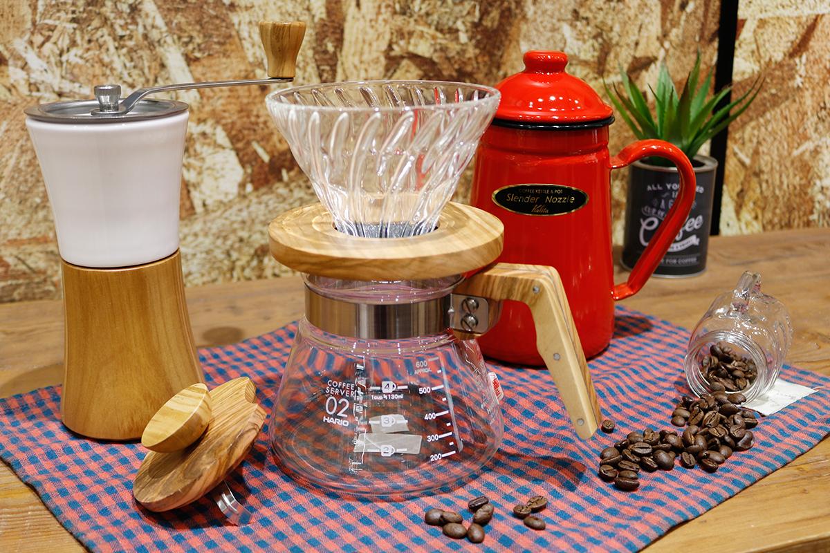 エディオンのコーヒー器具一式