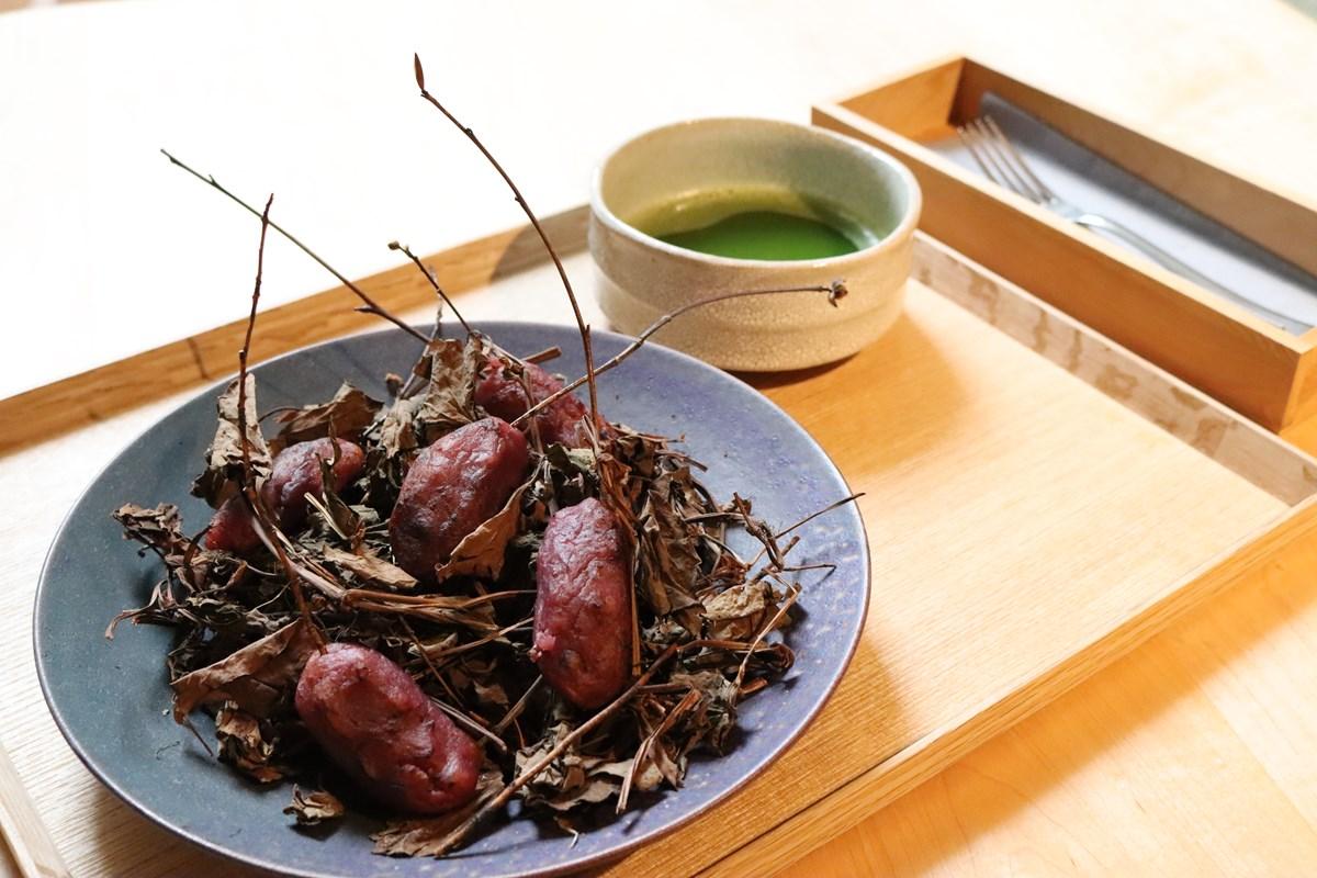 「焼き芋風スイートポテト(抹茶付き)」