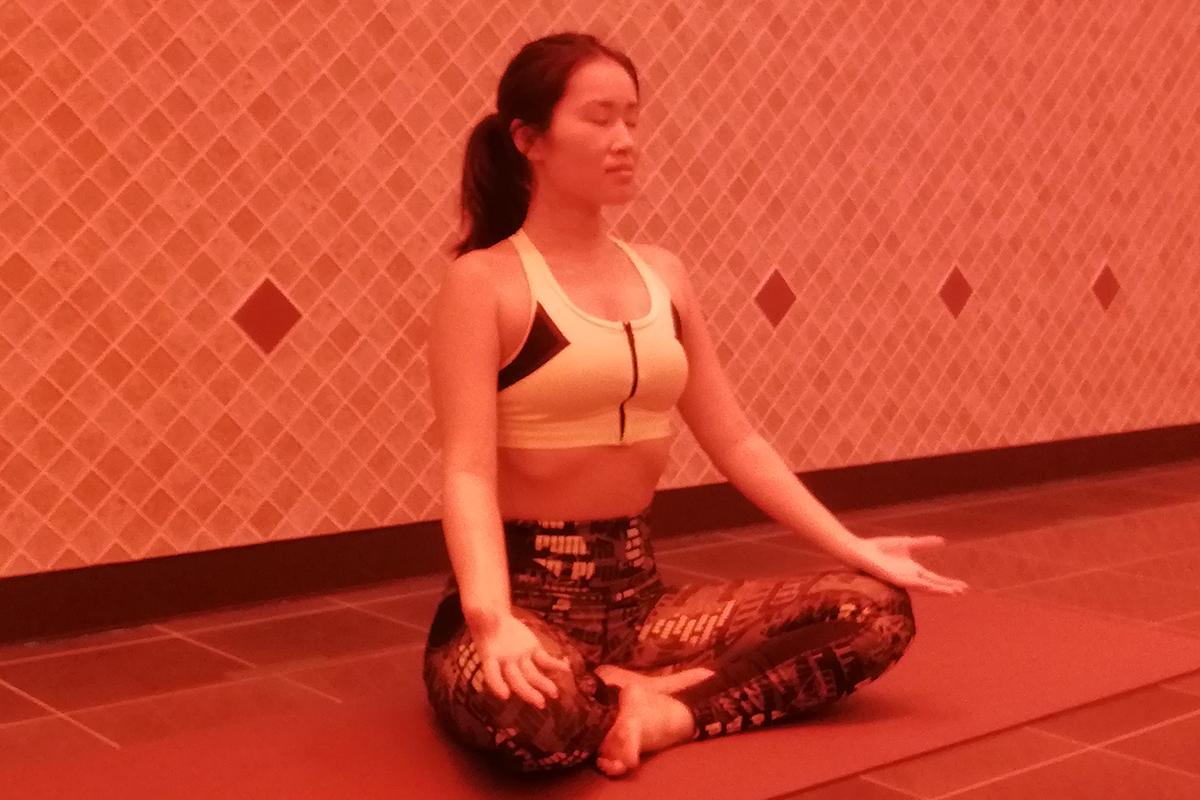 ヨガの瞑想ポーズ