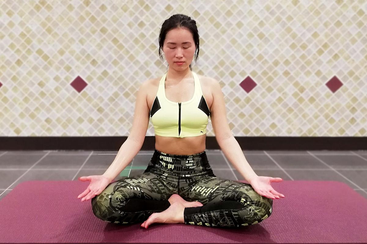 ヨガにおける瞑想の効果とは?現役インストラクターに聞く《ヨガ生活vol.4》