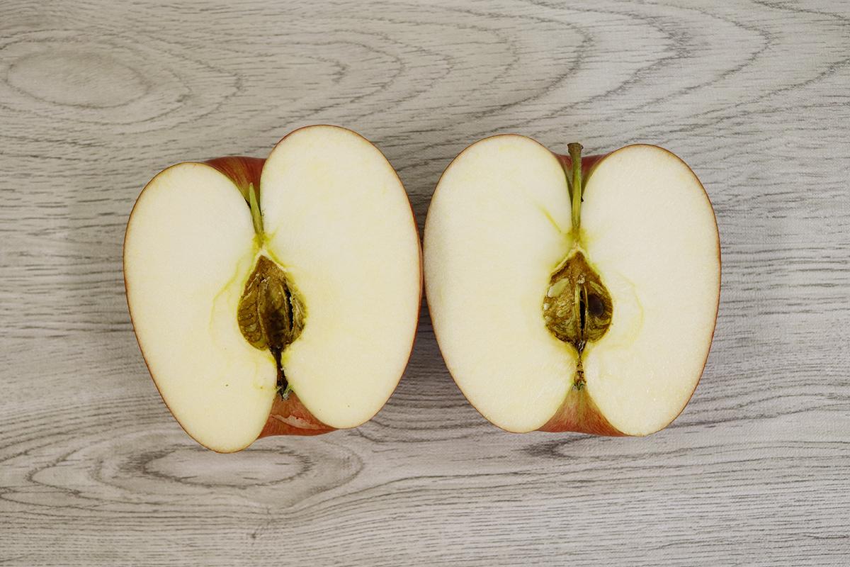 青森りんごシナノスイート半分