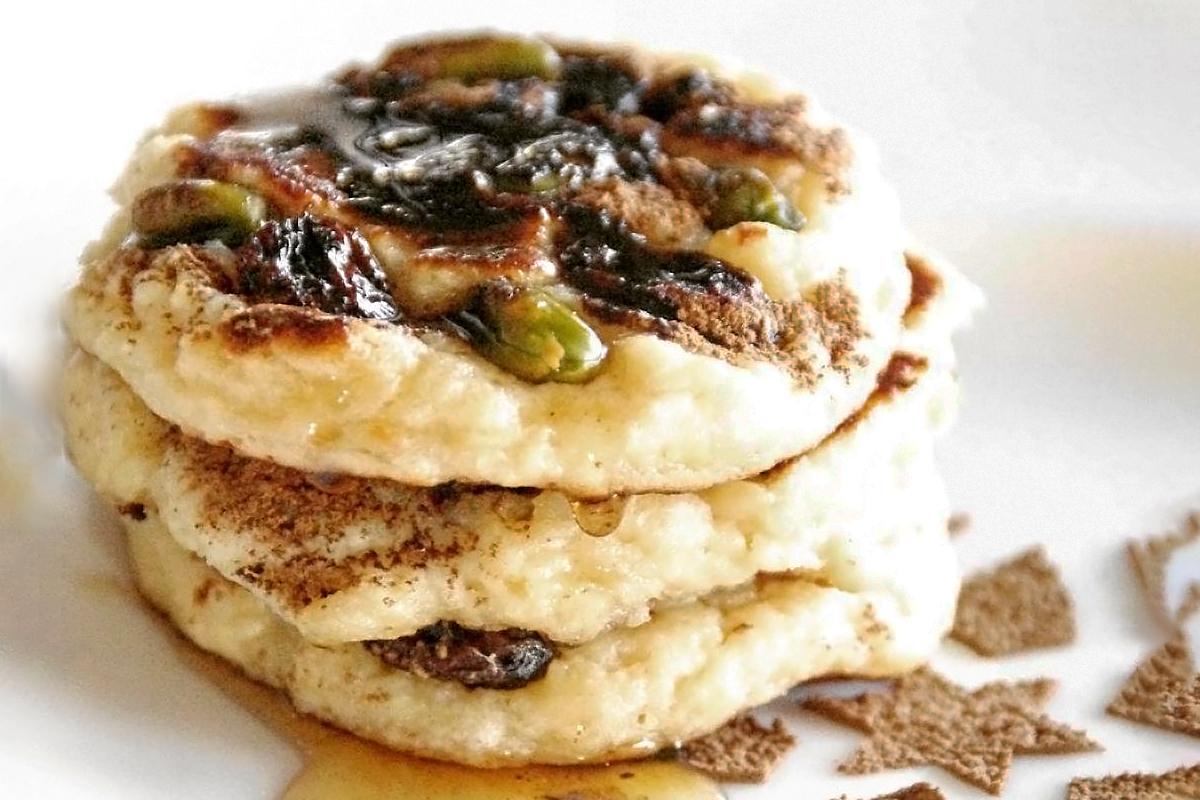 焼きチーズケーキ風ロシアのおやつ「スィルニキ」の作り方《朝食や軽食に》