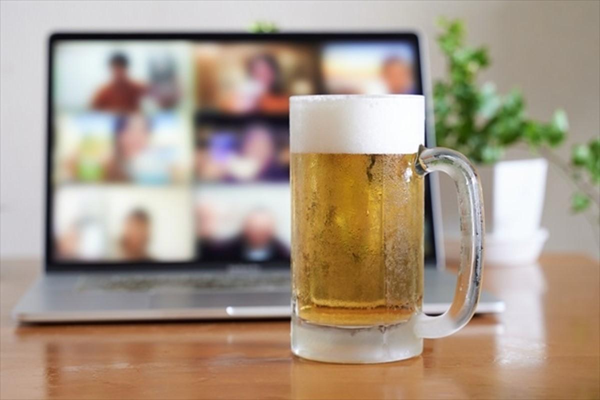 オンライン飲み会を楽しむコツとは?一体感を高めるのがポイント