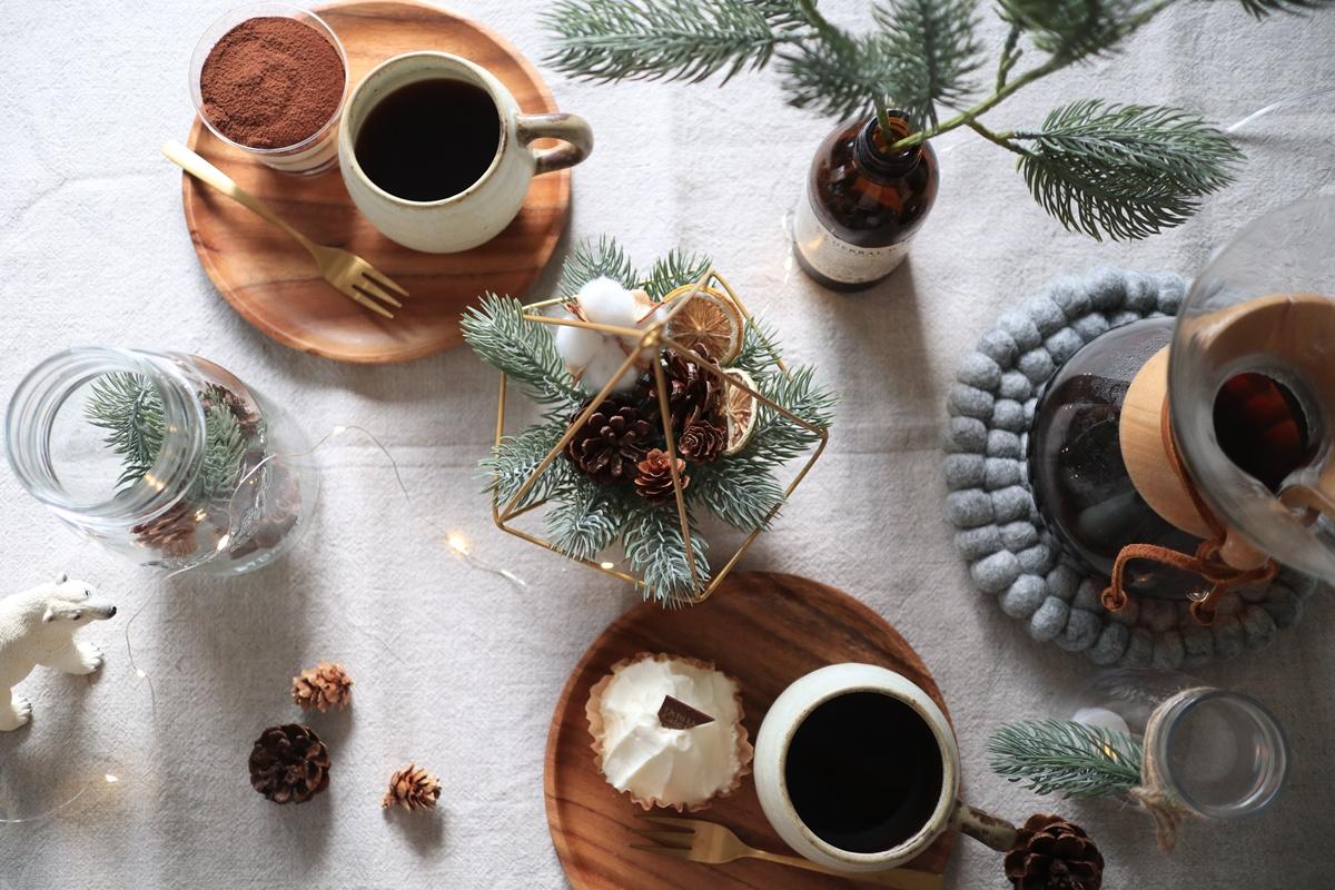 【連載】簡単ダイソーDIY!テーブルコーデにも使えるクリスマスインテリア5選