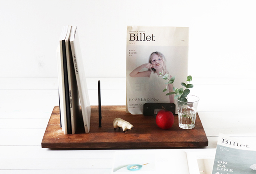 【DIY連載】100均&ホームセンター金具で作る「木製ブックスタンド」