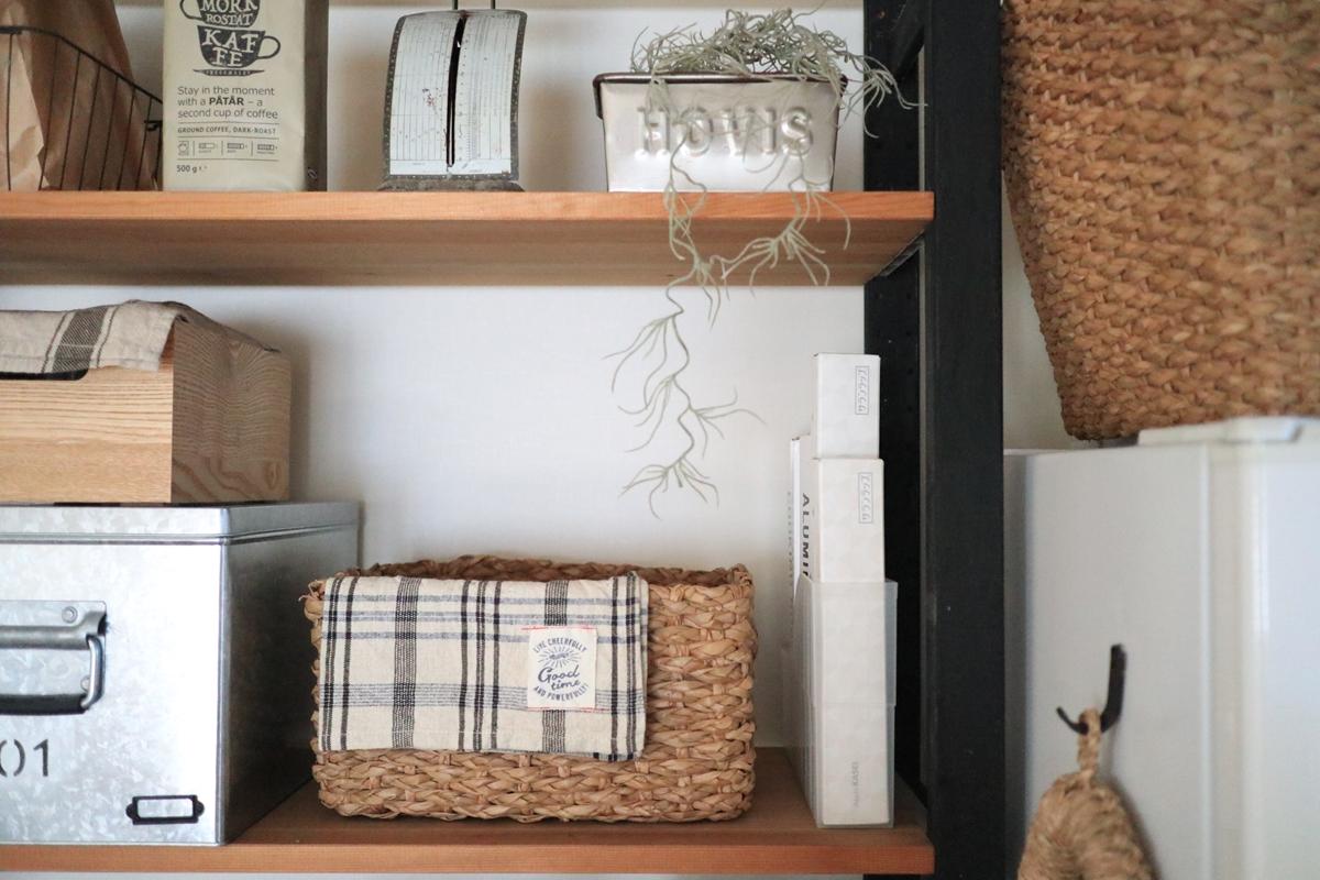 【連載】キッチン収納には100均『セリア』のスリムなファイルボックスが便利