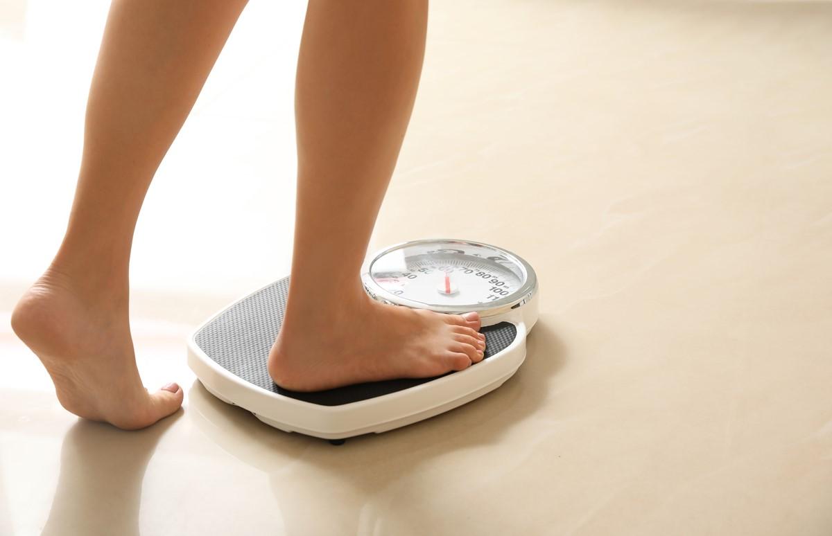 「正月太り」の解消に効果的な方法とは?体重を元に戻す3つのコツ