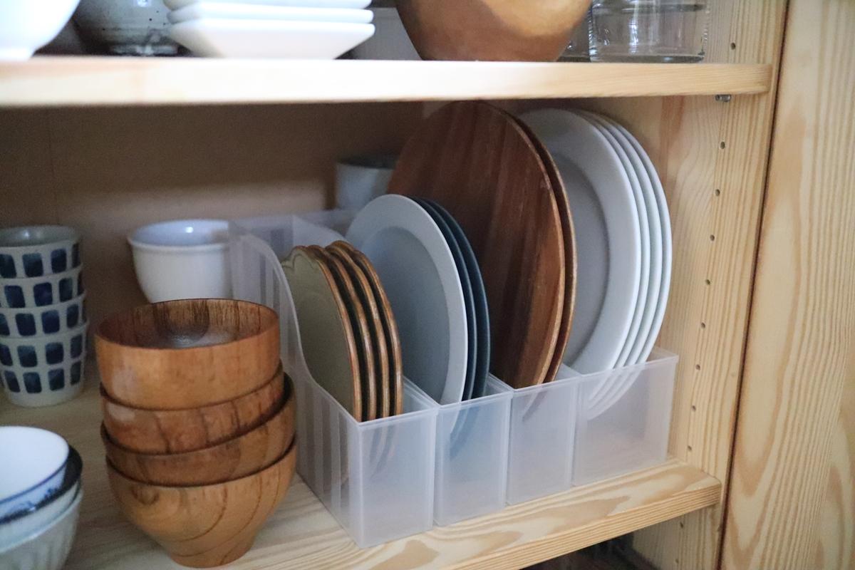 食器棚立てる収納