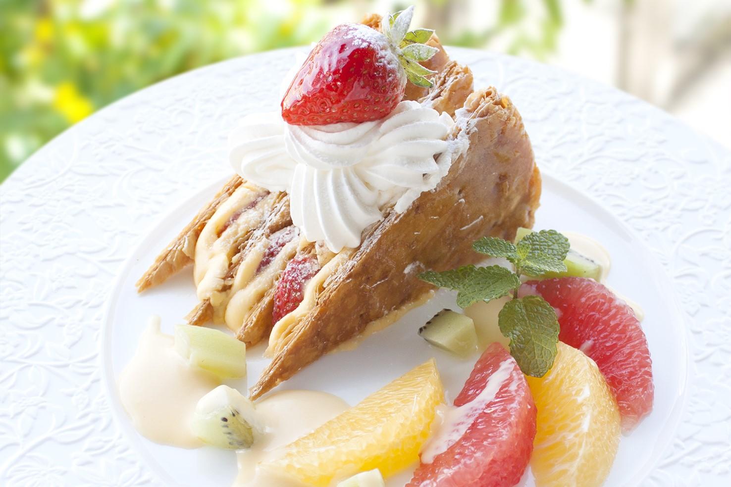 【大阪梅田】ケーキの名店「デリチュースカフェ」がホワイティうめだに登場