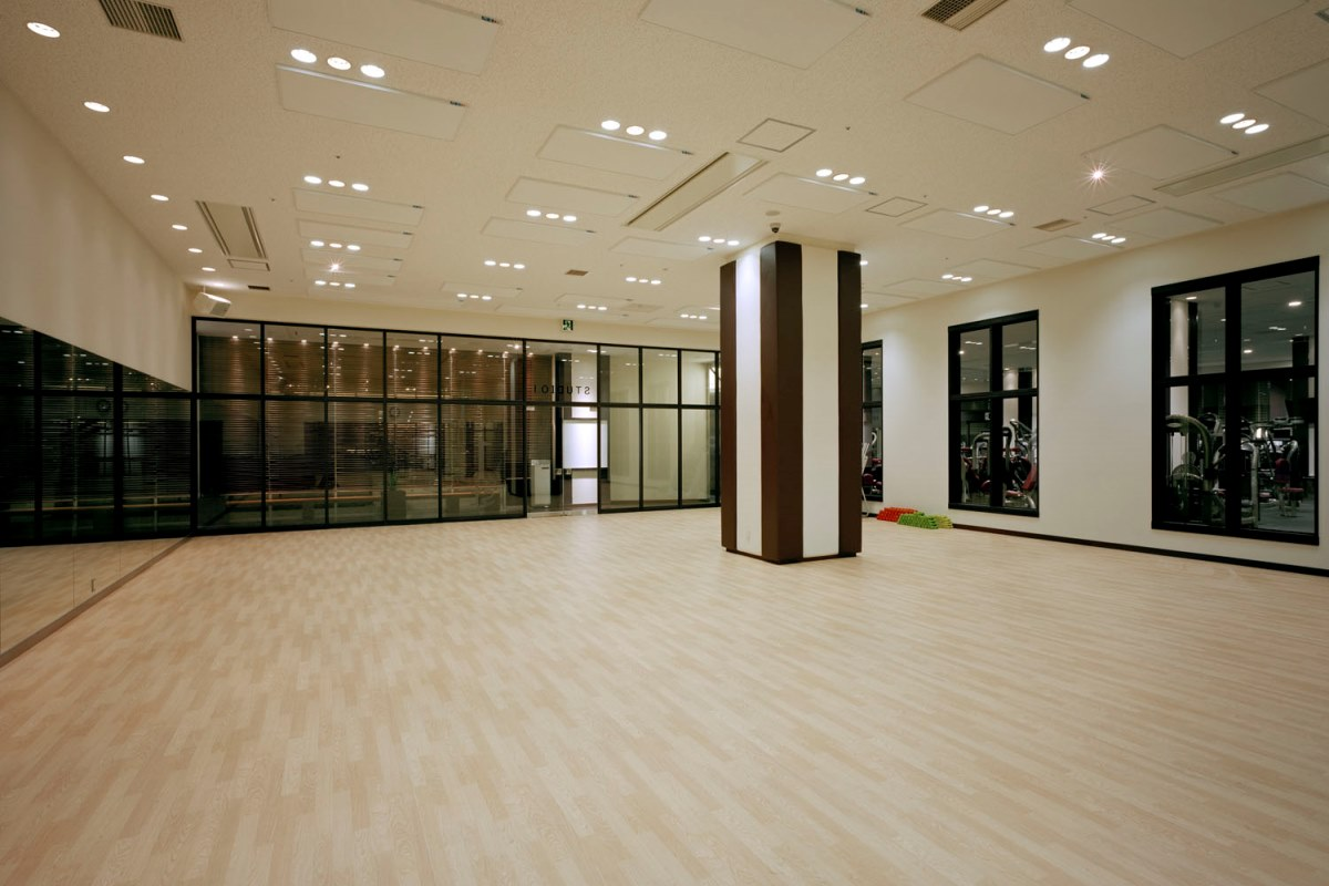 スポーツジムのスタジオ
