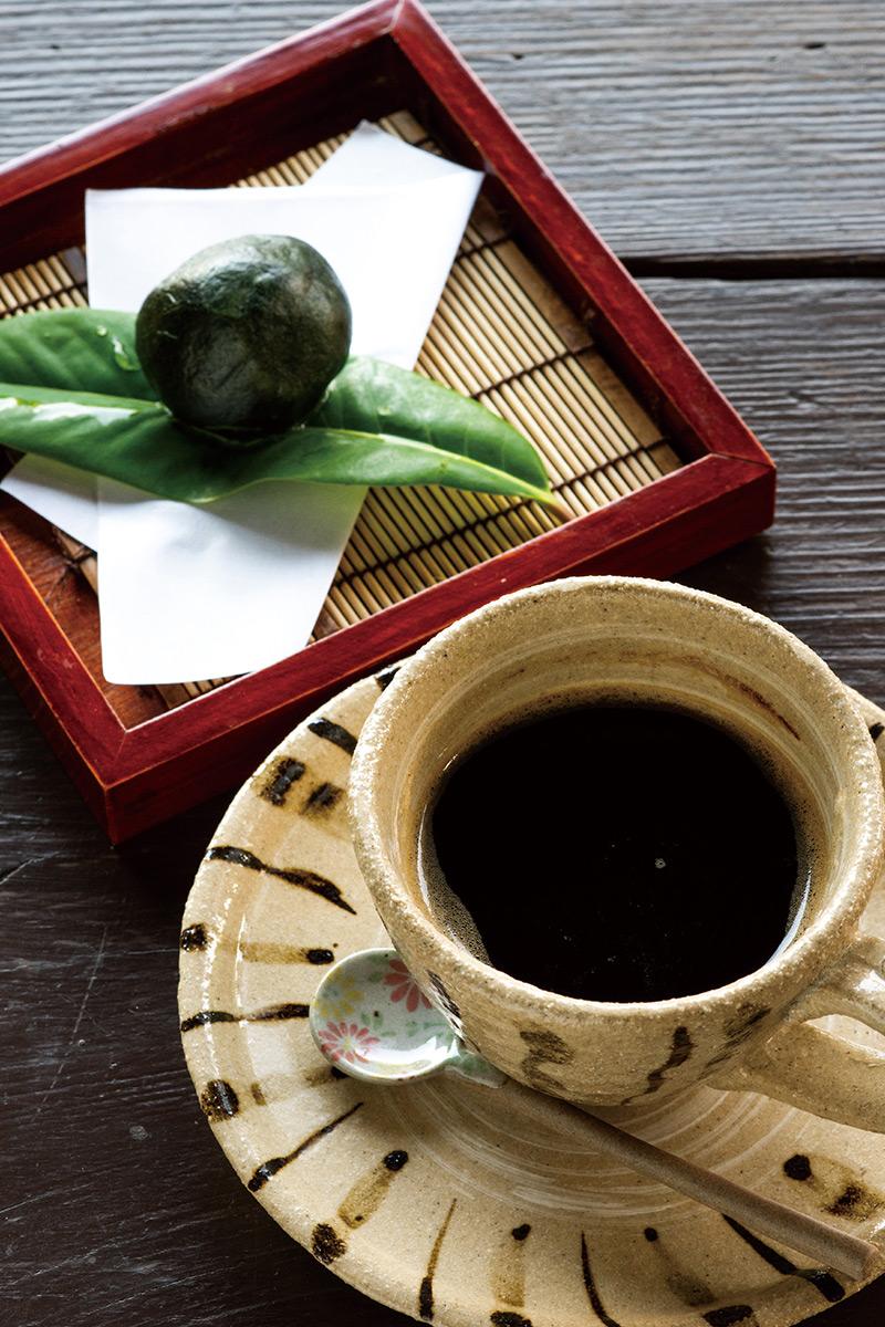 お団子とコーヒー