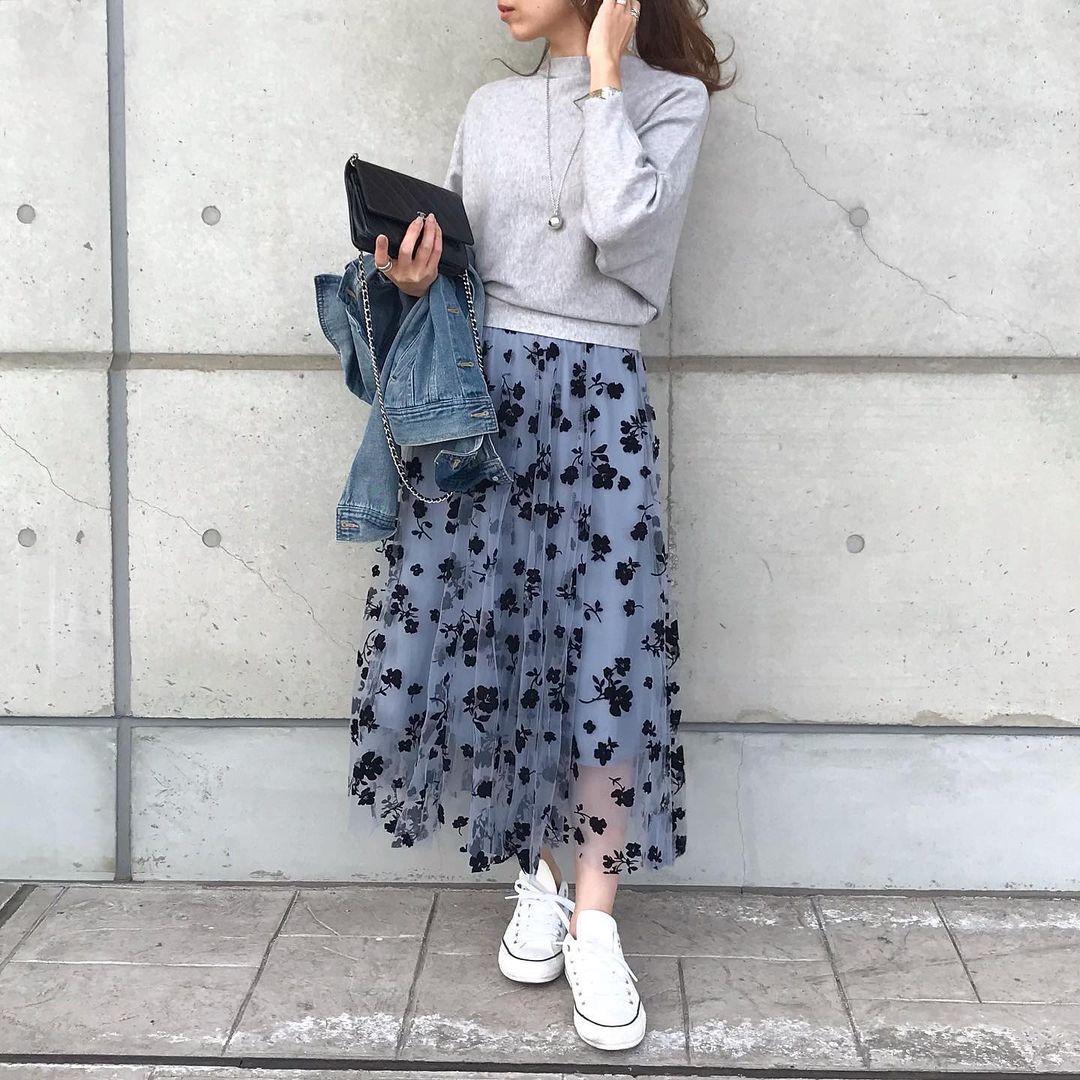 花柄スカートスタイル