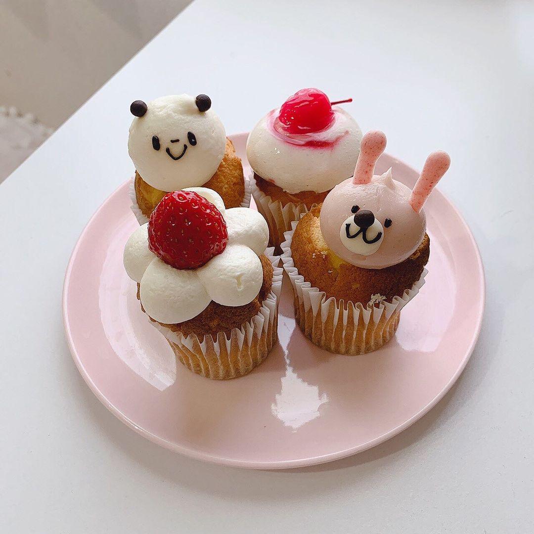 かわいいうさぎのカップケーキ