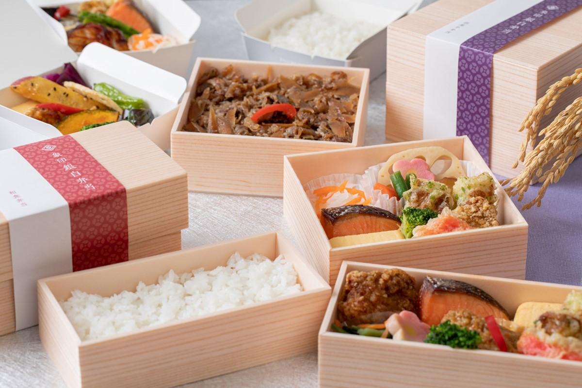 食事やスイーツにショッピングも!「エキマルシェ新大阪ソトエ」オープン