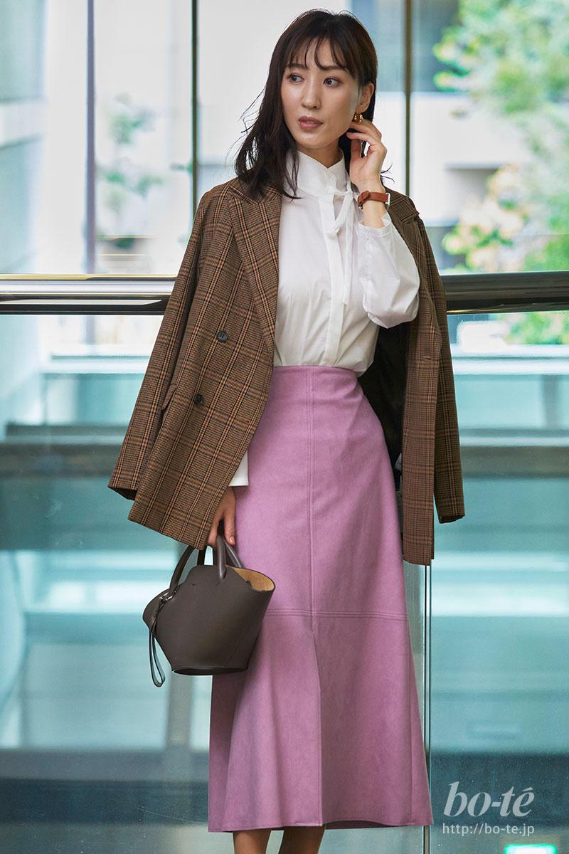 ラベンダー色スエードスカート
