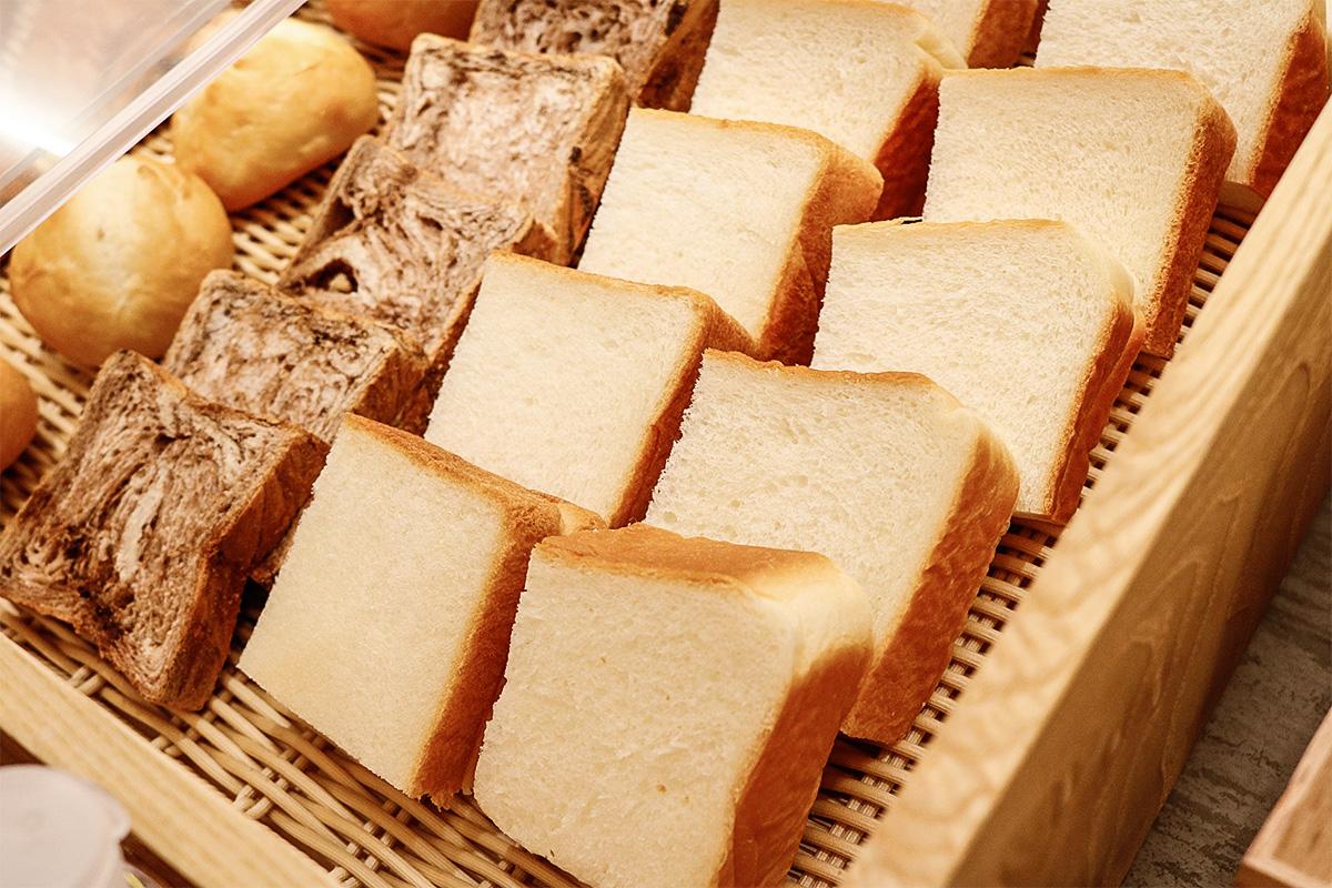 ホテルビナリオ梅田の朝食で食べられる高匠の食パン