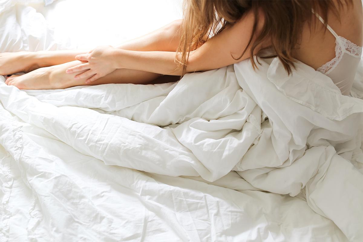 生理前のイライラや辛いPMSをラクにする!女性ホルモンの整え方3選